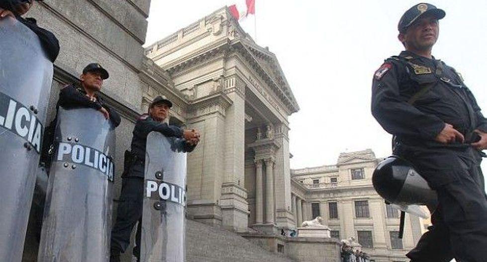 Editorial: ¿Quién protege a la policía?