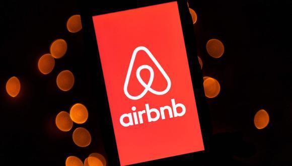 El número de acciones que saldrán al mercado y el precio todavía está por determinarse, según Airbnb. (Foto: AFP)
