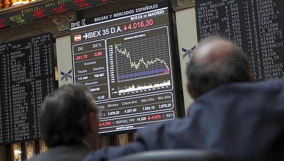 En Madrid, el índice IBEX 35 retrocedió hoy 1.06% hasta los 9,467.60 puntos. (Foto: Reuters)