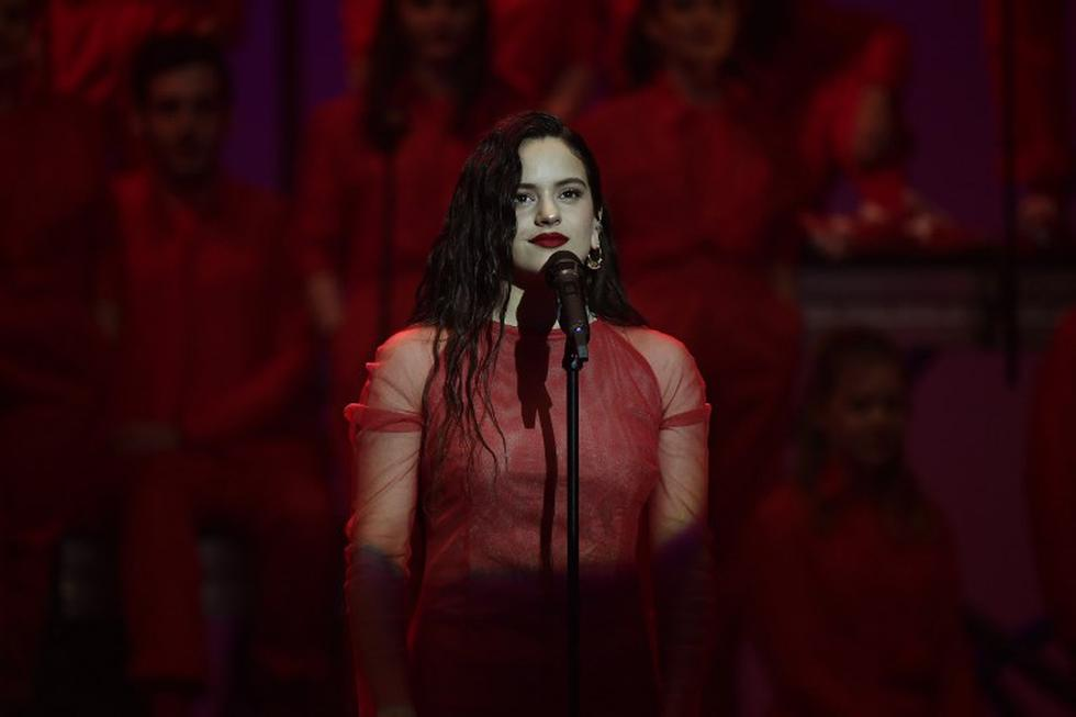 Premios Goya: presentación de Rosalía en el galardón español (Foto: AFP)