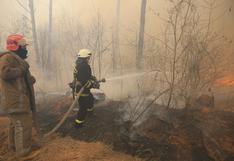 Los amenazantes incendios forestales que se aproximan a la planta nuclear de Chernóbil
