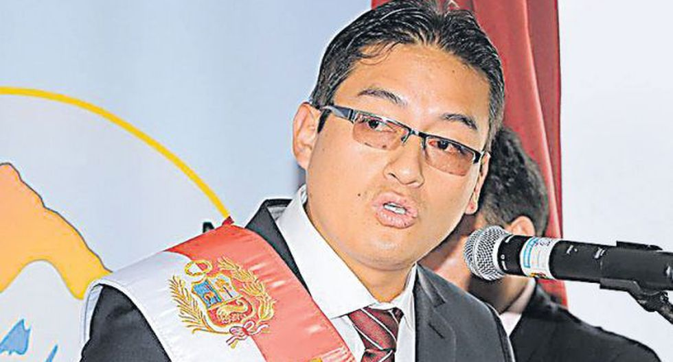 Gobernador interino pedirá auditar gestión de Waldo Ríos