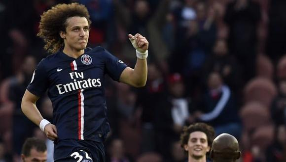 David Luiz: golazo de tiro libre como si fuera un pase (VIDEO)