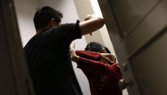 El propio agresor llevó a su pareja hasta el hospital Guillermo Díaz de la Vega (Abancay) y luego se dio a la fuga. (Foto referencial)