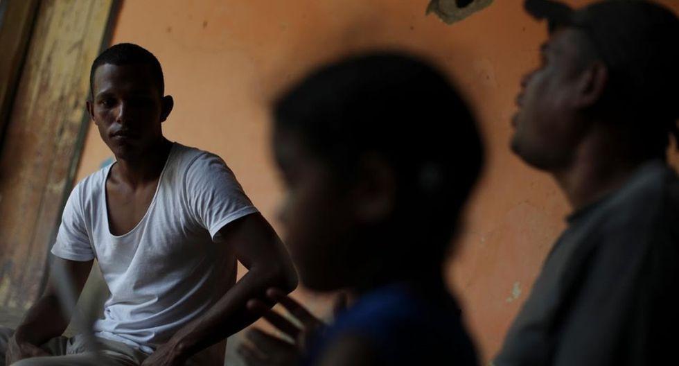 Raymond Acosta, un amigo de la familia de Maroly. (Foto: Reuters)