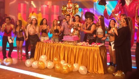 """Maju Mantilla fue sorprendida en """"Al aire"""" por su cumpleaños"""