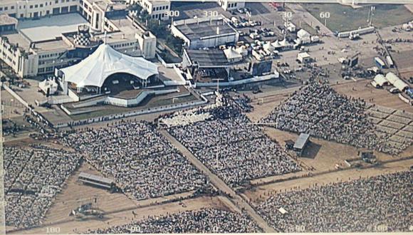 Así se vio la multitud que ingresó a la Base Aérea Las Palmas para participar de la misa encabezada por el papa Francisco.  (Fotos: Fuerza Aérea del Perú)
