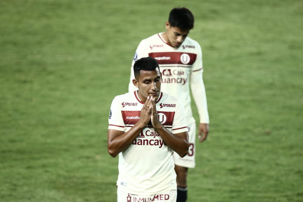 El lamento de los jugadores de Universitario tras caer frente a Palmeiras por la Copa Libertadores | Foto: Jesús Saucedo/GEC