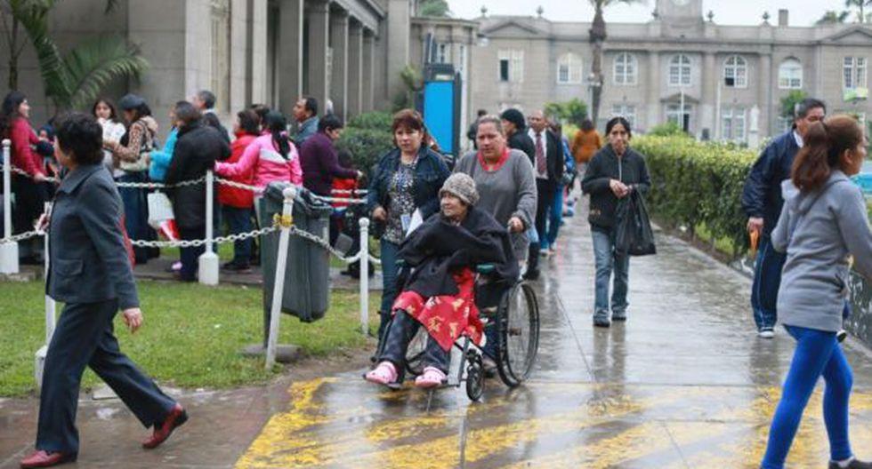 Gobierno amplía horario de atención en hospitales desde 6 a.m.