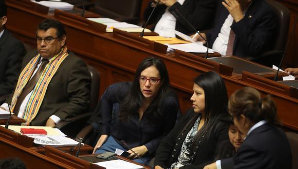 Indira Huilca y Marisa Glave instaron al Ministerio de Justicia a ser más transparente con la documentación requerida. (Foto: Archivo El Comercio)