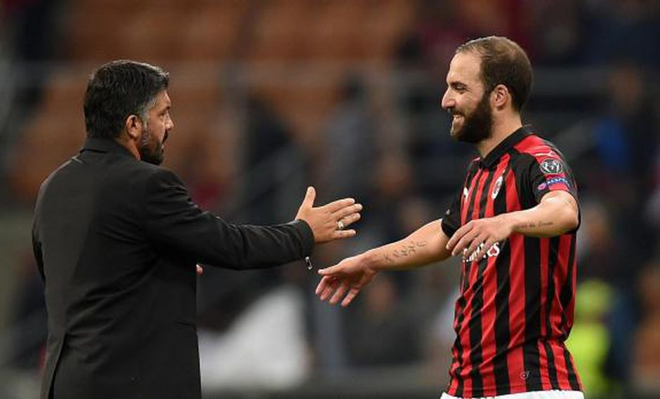 """El entrenador del AC Milan aseguró que Gonzalo Higuaín """"tiene que aportar algo más"""", dado que su arribo fue como futbolista estrella. (Foto: AP)"""