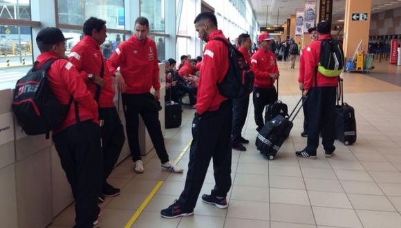 Selección viajó rumbo a Asia para amistosos ante Iraq y Qatar