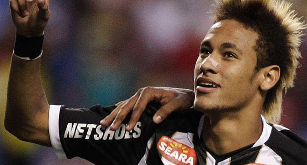 Neymar fue el mejor jugador de la Copa Libertadores en el 2010. (AP)