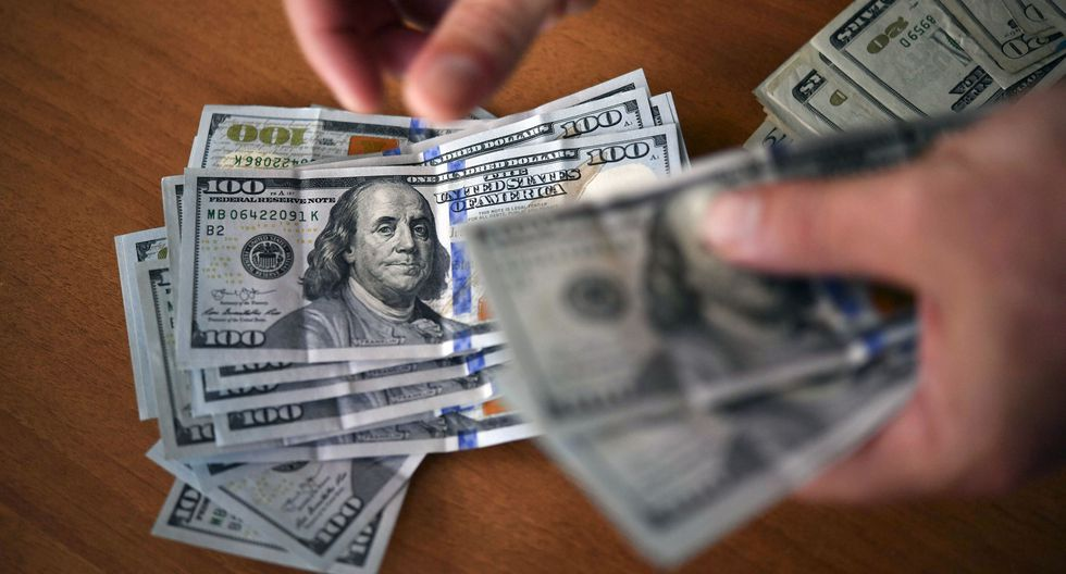 Este es el precio de la moneda estadounidense en el mercado peruano. (Foto: AFP)