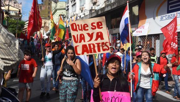 Campesinos de Paraguay piden renuncia de presidente Cartes
