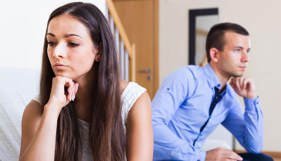 Hay ciertas cosas que una mujer madura ya no debería aguantar en una relación. O se arreglan o adiós. (Foto: Shutterstock)