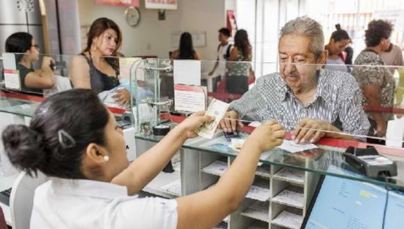 El jefe de la ONP, Victorhugo Montoya, explicó que esto se debe a que el 73% de los actuales aportantes están en el sector privado, donde ha habido despidos, suspensiones perfectas, entre otras medidas que afectaron el empleo.