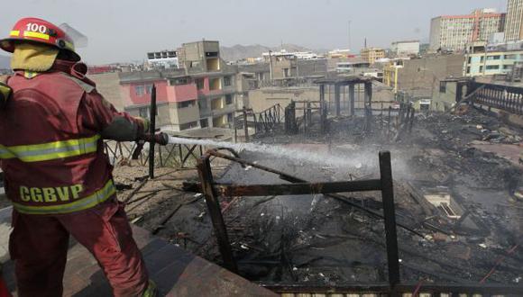 Incendio cerca de Palacio de Justicia alarmó a vecinos