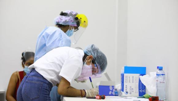 El proceso de vacunación avanza en todo el país. (Fotos: Jessica Vicente/@photo.gec)
