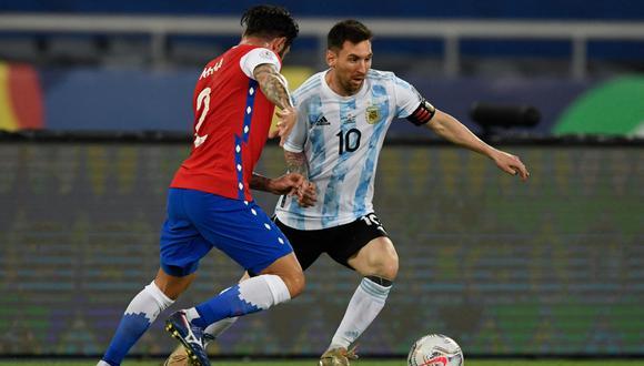 Argentina y Chile empataron en el debut de ambas selecciones en la Copa América 2021 | Foto: AFP