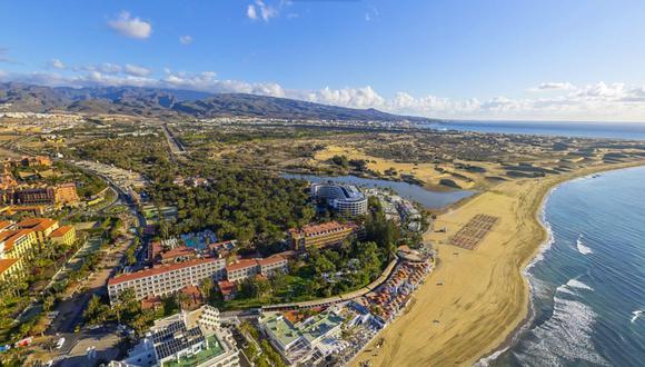 Paraísos del mundo que podrás conocer online, como el Faro de las Maspalomas de la isla Gran Canaria. / Foto: Oficina de turismo de Gran Canaria.