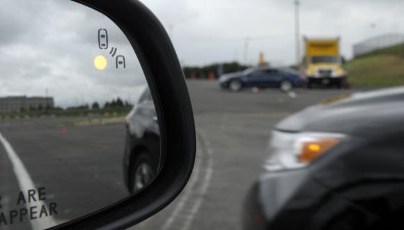 Vehículos podrán comunicarse evitando accidentes