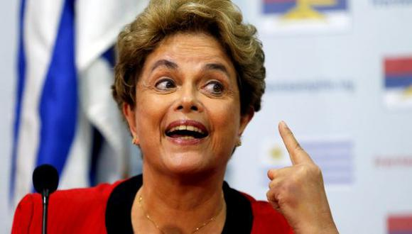 """Dilma denuncia que Brasil vive un """"estado de excepción"""""""