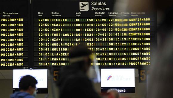 """""""Si bien el vuelo directo es algo que muchos siempre buscan, hoy los peruanos están valorando más la oportunidad de ir antes, que la comodidad del viaje"""", comenta Juan José Melgar, director comercial de Nuevo Mundo. (Foto: EFE/ Paolo Aguilar)"""