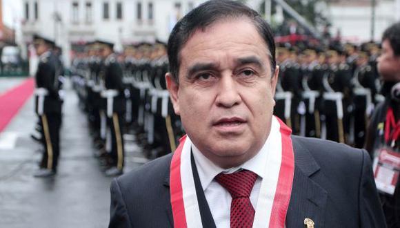 Fredy Otárola presidirá Comisión de Constitución del Congreso