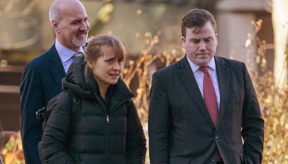 Allison Mack busca que su sentencia se reduzca con la presentación de un audio de Keith Raniere.  (Foto: Don Emmert / AFP)