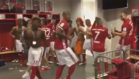 El plantel del Bayern se pone a bailar en el vestuario [VIDEO]