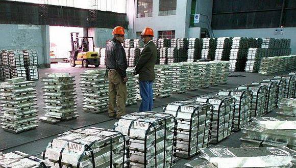 La interrupción de algunas operaciones en Perú han impulsado la subida del precio del zinc.