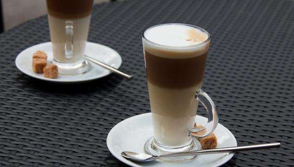 Para disfrutar de un café de forma distinta, ya sea después de comer o a media tarde, añadirle leche condensada es una gran opción. (Foto: Pixabay)