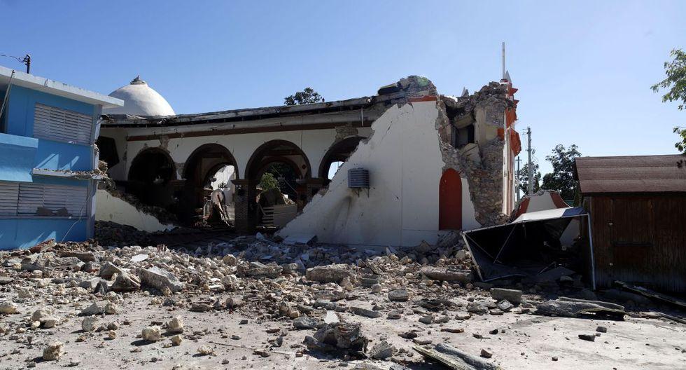 """""""La avalancha de terremotos deja al descubierto la realidad de que el Gobierno todavía no está preparado para satisfacer las necesidades de sus ciudadanos"""".  (Foto: EFE/ Thais Llorca)"""