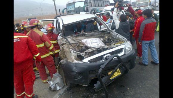Trujillo: dos policías heridos en accidente de tránsito