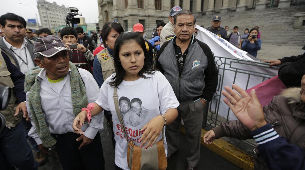 Fiorella Nolasco marchó ante el Poder Judicial - 1