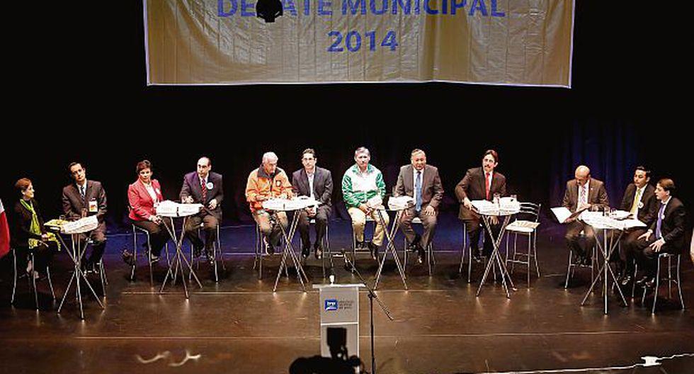 Ausencia de Castañeda y críticas a Villarán marcaron el debate