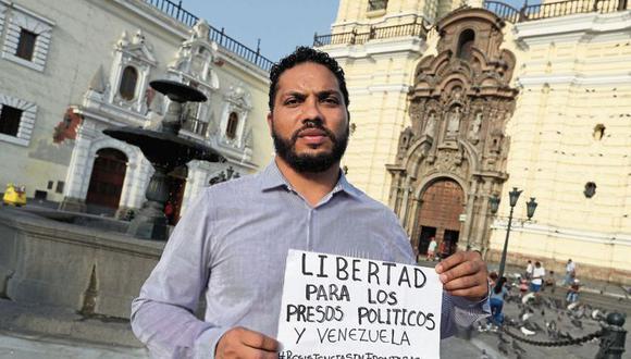 El venezolano Vilca Fernández llegó al Perú en el 2018 tras ser desterrado por el régimen de Nicolás Maduro. (Foto: Rolly Reyna / El Comercio).