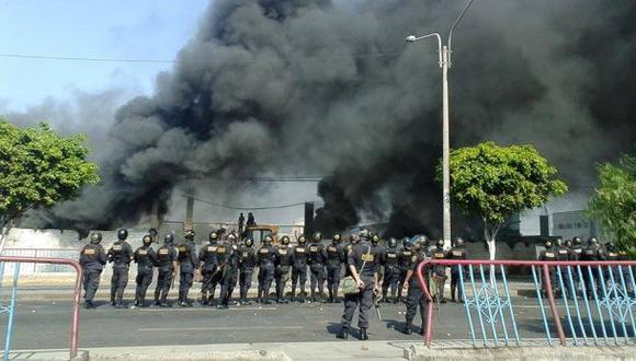 Trujillo: Vecinos se enfrentan a Policía por control de predio