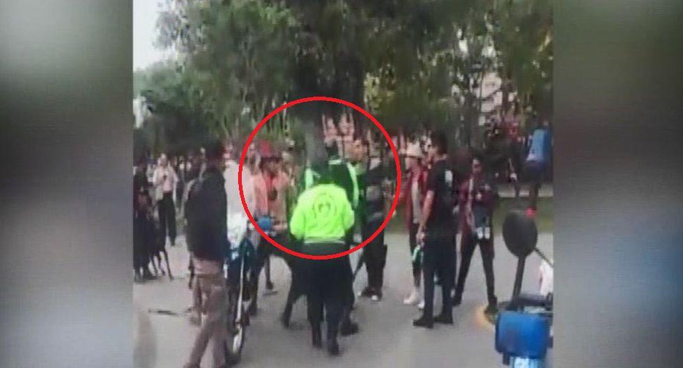 Serenos y ambulantes extranjeros se enfrentaron en el Parque de los Museos. (Captura: América Noticias)