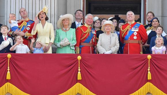 Para muchas familias el juego de mesa 'Monopoly' es divertido, pero los descendientes de Isabel II del Reino Unido no pueden disfrutarlo. (Foto: AFP)