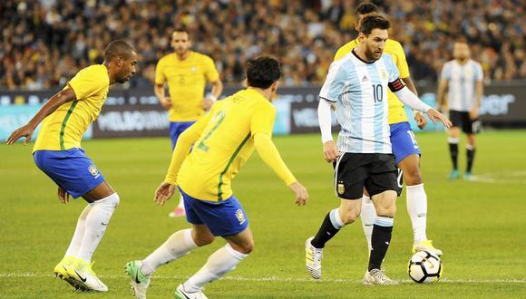 Brasil y Argentina definirán a uno de los finalistas de la Copa América. El otro sale del Perú-Chile. (Foto: EFE)