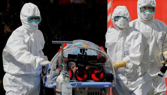 """""""Una certeza es que la llegada del coronavirus al Perú genera un reto enorme para la capacidad de respuesta del sistema de salud público"""", señala Saavedra (Foto: Reuters / Referencial)"""
