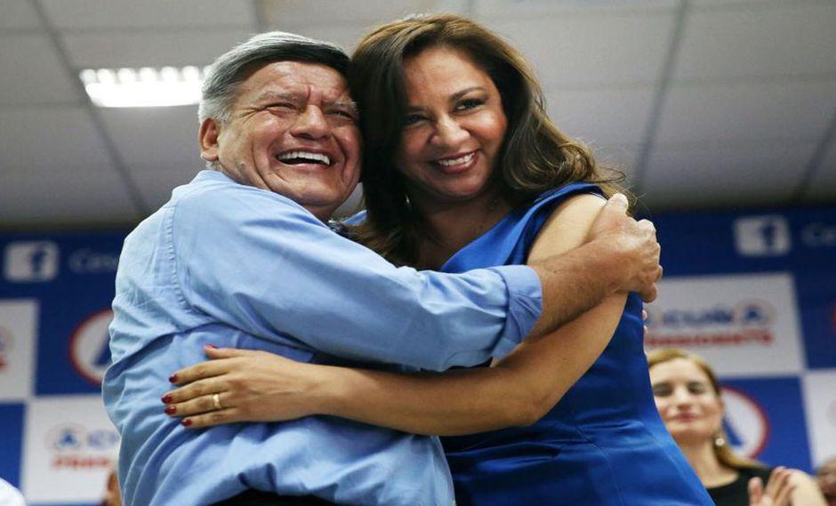 César Acuña recibió a Marisol Espinoza con los brazos abiertos en APP para las elecciones del 2016. Tres años después, decide expulsarla. (Foto: GEC)