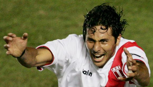 Claudio Pizarro disputó cinco Eliminatorias con la selección peruana y solo marcó 6 goles. (Foto: Pilar Olivares- GEC)