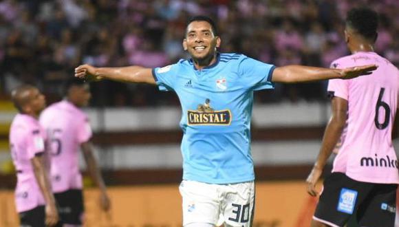 """Cristian Palacios marcó su primer gol oficial con la camiseta de Sporting Cristal. La definición del autodenominado """"Chorri"""" fue más que peculiar. (Foto: Liga 1)"""