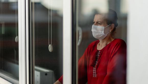 """""""La pandemia de COVID-19 ha causado una crisis de salud mental en nuestra región a una escala que no habíamos visto antes"""", declaró Carissa Etienne. (Foto: iStock)"""