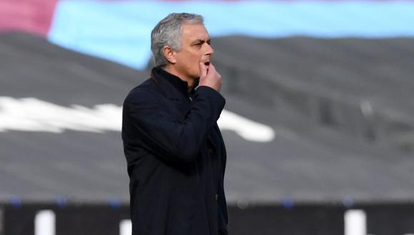 En Inglaterra hablan del posible reemplazante de José Mourinho en el banquillo de Tottenham. (Foto: AFP)