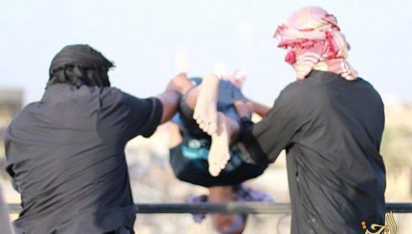 El Estado Islámico lanzó de un edificio a cuatro homosexuales