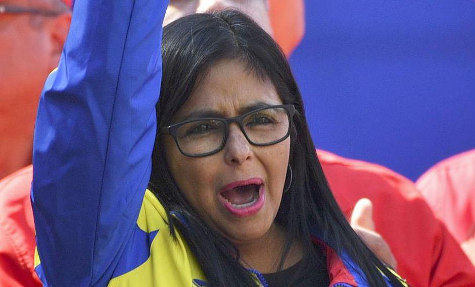 """Crisis en Venezuela   Vicepresidenta chavista Delcy Rodríguez llama a Juan Guaidó a """"reflexión"""" y parar la """"locura""""   Nicolás Maduro. (AFP)"""